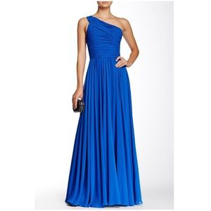 Halston Heritage One-Shoulder Ruched Gown Size 6